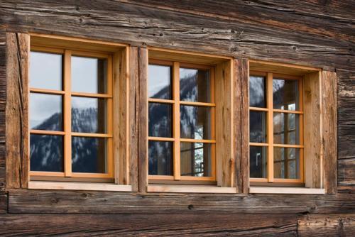 Fenster in Laerche Oberwallis
