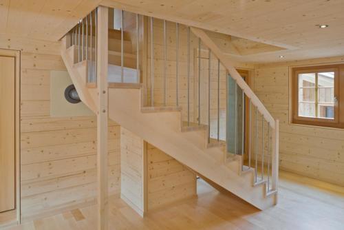Treppe Ahorn