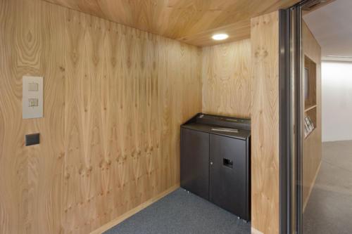Umbau Bank Raiffeisen Fiesch Eingang
