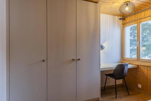 Umbau Chalet Oberwallis Schlafzimmer