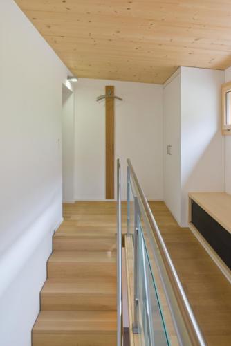 Umbau Wohnung in Fürgangen Galerie und Treppe